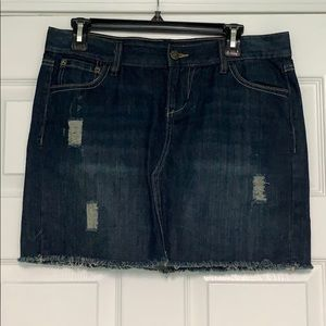 Old Navy Distressed Mini